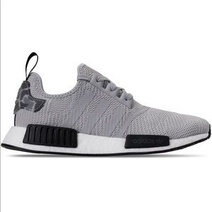 🔥Adidas nmd r1   New with box 🔥
